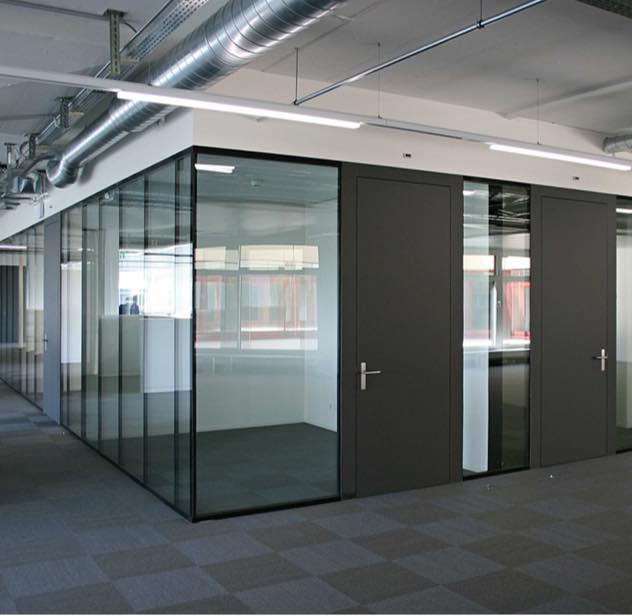 Frei ausbaubare Büroräume